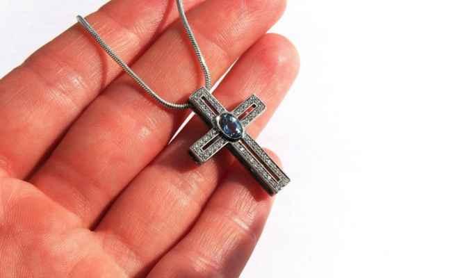 только Крестик в наследство Элвином